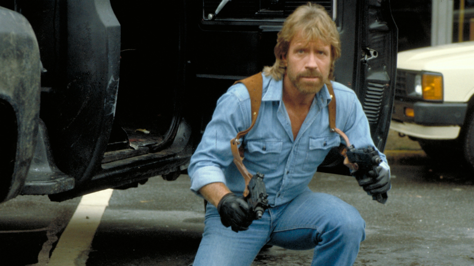 Chuck Norris Hosts a 5K Filled With Chuck Norris Lookalikes